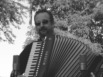 Mark Yacovone, accordion